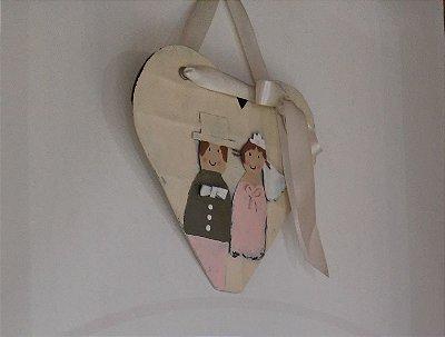 Coração com casal artesanato alemão em lata 14 x 15 cm