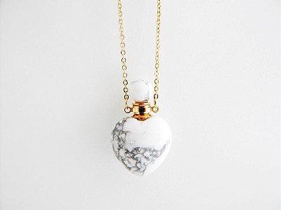 Colar Perfumeiro Dourado de Pedra Natural - Howlita