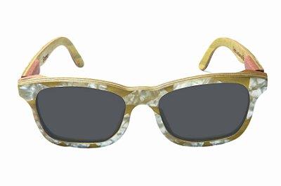 Óculos de Sol de Madeira com Palheta de Guitarra Branca Leaf Eco Groove Lente Cinza
