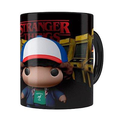 Caneca Dustin 3D Print Stranger Things Preta