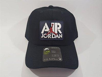 Boné Strapback Jordan Nike- Aba curva - Preto