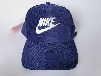 Boné Snapback NIKE - Aba Curva - Aveludado - Azul marinho