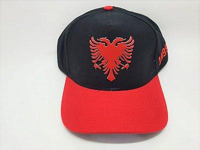 Boné Cavalera - aba curva - Preto e vermelho - Velcro