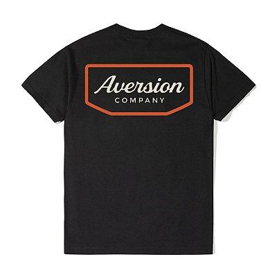 Camiseta T-shirt Aversion Unissex Preta - Model Badge
