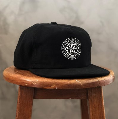 Boné Aversion Snapback Desestruturado Aba Reta Preto - Model Monogram