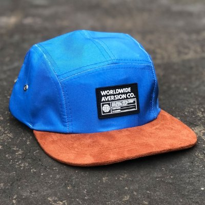 Boné Aversion Five Panel Aba Reta Azul Claro/Marrom - Model Worldwide