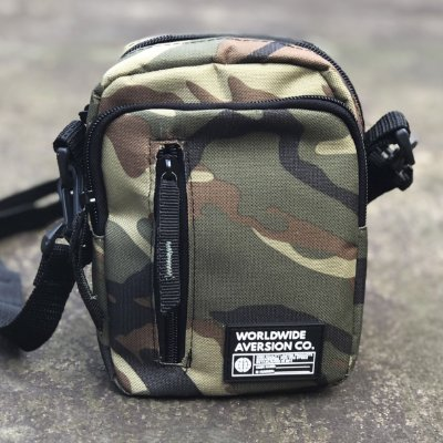 Bolsa Lateral Shoulder Bag Aversion Camuflada Unissex - Model Worldwide
