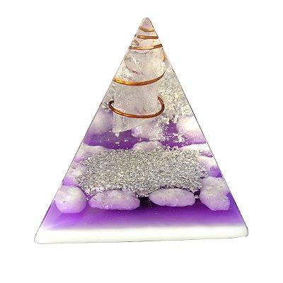 Pirâmide Orgonite Lilás de Quartzo