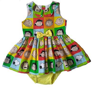 Vestido Turma do Snoopy com tapa- fralda