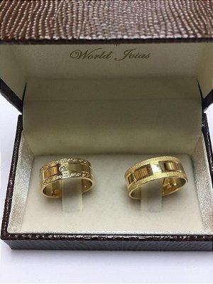 Alianças Casamento Ouro 18k 750 Polidas com Pedras (Zircônia)  8.2mm 19g o Par.