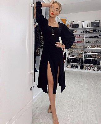 Vestido em crepe preto