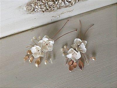 Grampos floral enchanted branco duplo