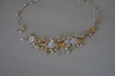 Headband flores e pérolas