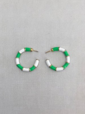 Argola Esmaltada Verde Com Branco