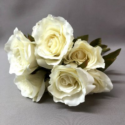 Buquê de Rosas Brancas Artificial