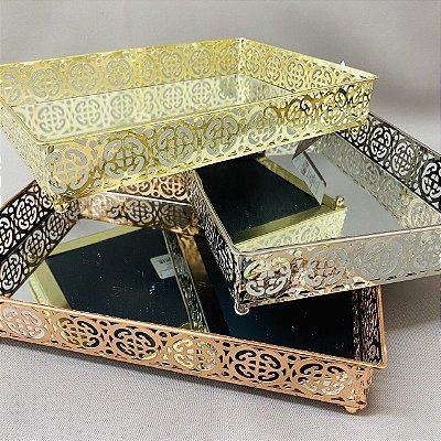 Bandeja Metal Espelhado Quadrada 27,2cm x 19,2 cm x 5cm