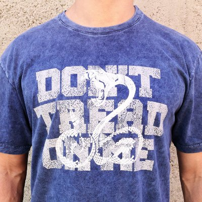 Camiseta Estonada Don't Tread on Me Marinho Sky