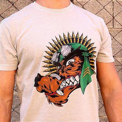 Camiseta Estonada Cinza Lobo com Cocar de Munição