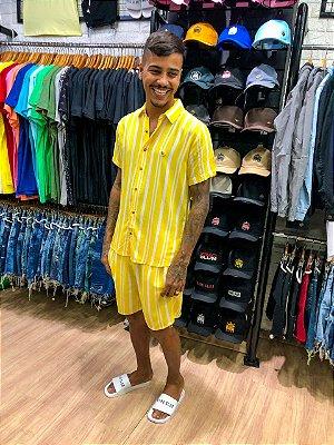 Conjunto listrado amarelo