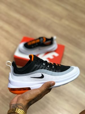 Tênis Nike Axis