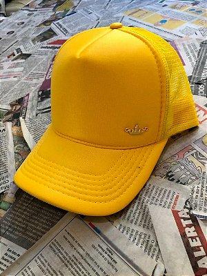Boné telado amarelo