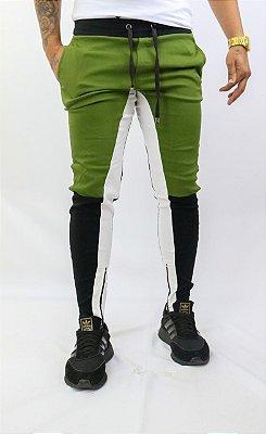 Calça estilo verde