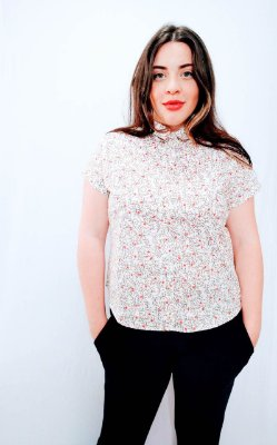 Camisa de Tecido MG Curta Feminina
