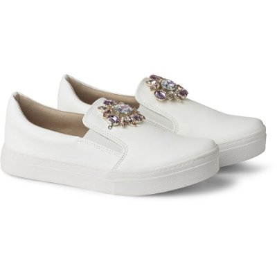 SLIP-ON IT – PREMIUM WHITE ROSE