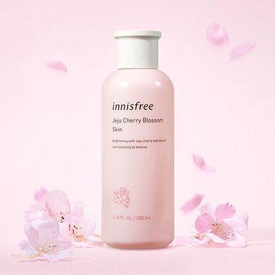 INNISFREE - Jeju Cherry Blossom Skin - 200ml