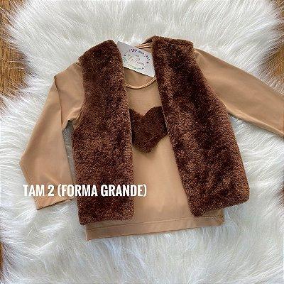 Conjunto colete + blusa personalizada
