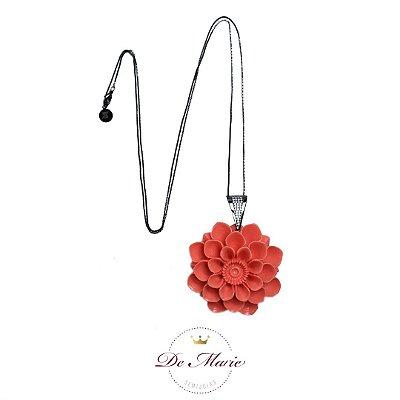 Colar longo com flor em baquelite ANTIALÉRGICO