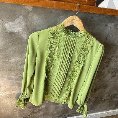 Camisa c/ Renda Verde Abacate