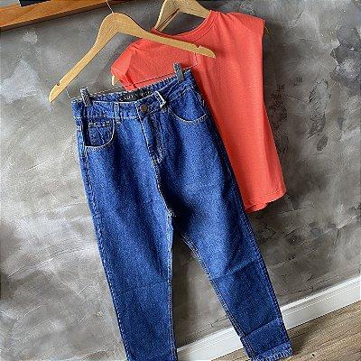 Calça Jeans Mom Lavagem Escura