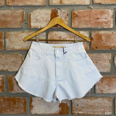 Short Jeans Branco Evasê Lady Rock