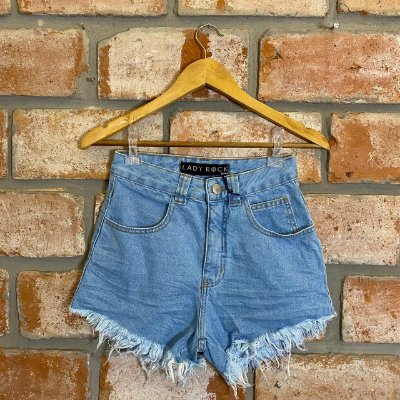 Short Jeans Hot Pant Lavagem Clara Lady Rock