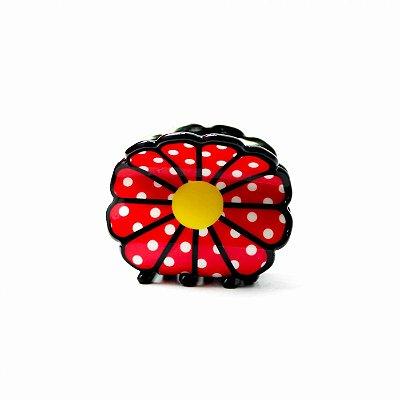 Prendedor flor vermelha