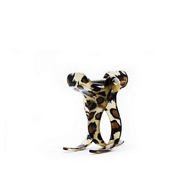 Prendedor em resina animal print onça