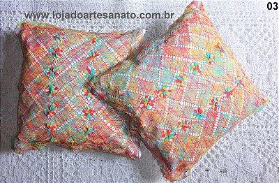 Capa para Almofadas em Renda de Bilro - 0,50 x 0,50 - 2 Peças