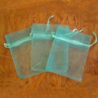 Embalagem organza verde
