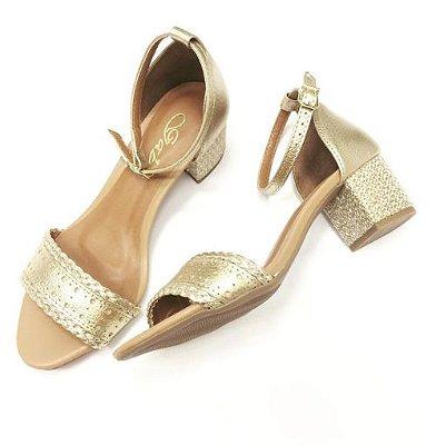 Sandália em Couro Metalizado Salto Bloco - Dourada