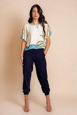 Blusa Estampada Em Crepe E Acompanha Colar Artesanal - 12475