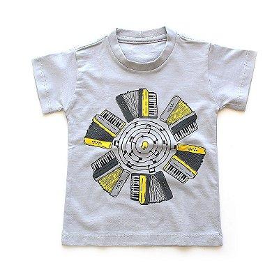 T-shirt Sanfona Passarinhos