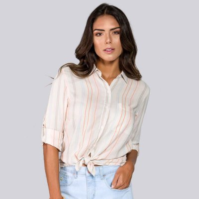 Camisa Feminina Listrada com Bolso