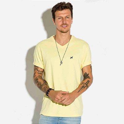 Camiseta Básica Masculina Decote V