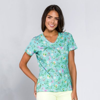 T-shirt Feminina Flores