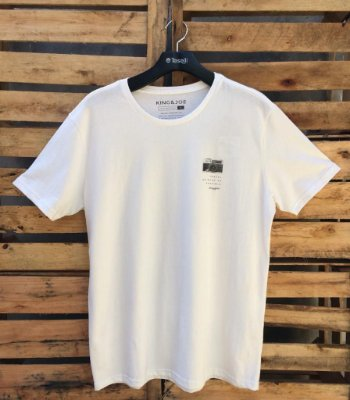 CAMISETA KING E JOE PRIME TRAVEL OFF WHITE CA15211