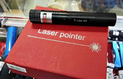 Super Caneta Laser Pointer Verde 10000mw + Kit Completo 10km