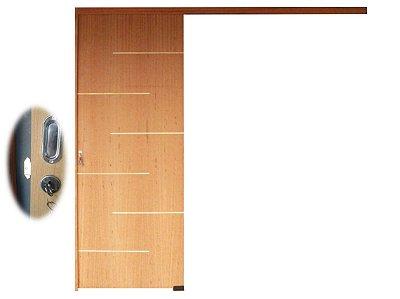 PORTA DE CORRER FRISADA  ANGELIM C/ FECHADURA INTERNA AVIÃO PUXADOR CONCHA (PAR) BATEDOR UNILATERAL E TRILHO DE ALUMÍNIO 02 MTS - DISPONÍVEL EM VÁRIAS MEDIDAS -COMPLETA
