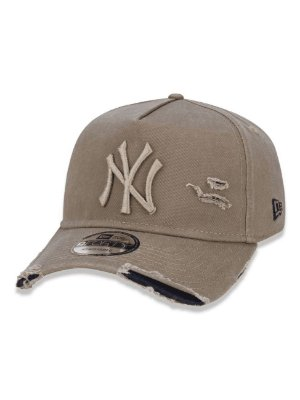 Boné New Era 940 New York Yankees - Destroyed Bege