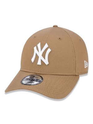 Boné 940 New York Yankees MLB Aba Curva   - Cáqui